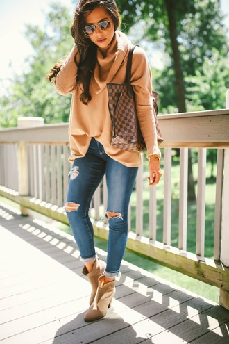 thesweetestthing blogger sweater jeans shoes bag jewels sunglasses