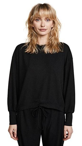Twenty Tees sweatshirt cropped black sweater