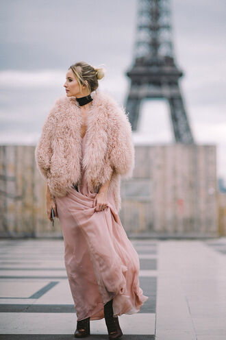 fur fur coat dress maxi dress streetstyle fashion week 2016 nude dress nude fluffy fuzzy coat all pink everything pink coat paris all pink outfit winter outfits winter look pink winter outfit