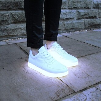 shoes sneakers white sneakers glow in the dark trainers low top sneakers light up shoes pastel blue light adidas grunge winter outfits neon white nike indie hipster cool light up flashy white shoes sports shoes sportswear menswear fluo ѕнoeѕ blink bling sporty pale tumblr vouge athletic cute comfort women neon light beam light shoes