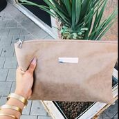 bag,maniere de voir,clutch,nude,suede,pockets,pouch,laptop