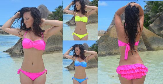 Bandeau bikini / padded bikinis / ruffle bikini