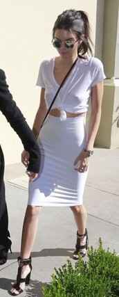 skirt,kendall jenner,pencil skirt,white skirt,sunglasses,kardashians,keeping up with the kardashians,model,model off-duty,celebrity style,celebrity,celebstyle for less,sunnies,glasses,accessories,Accessory