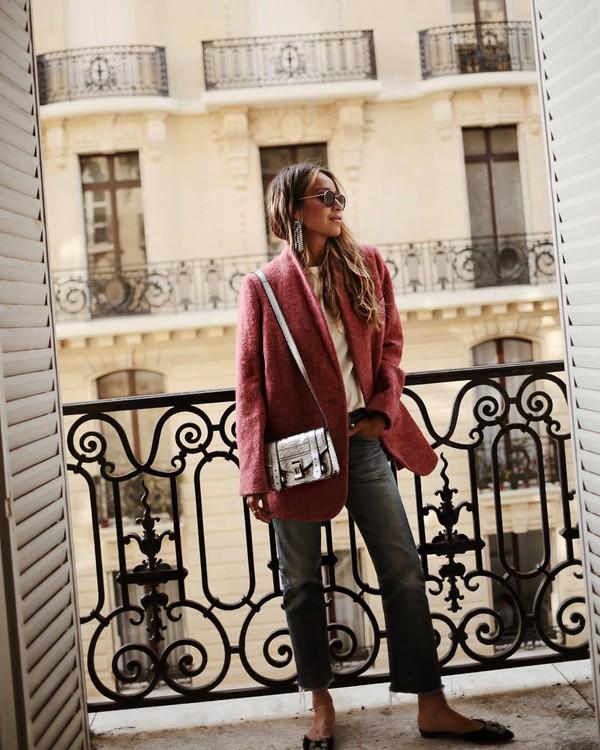 coat pink coat t-shirt white t-shirt jeans blue jeans handbag bag