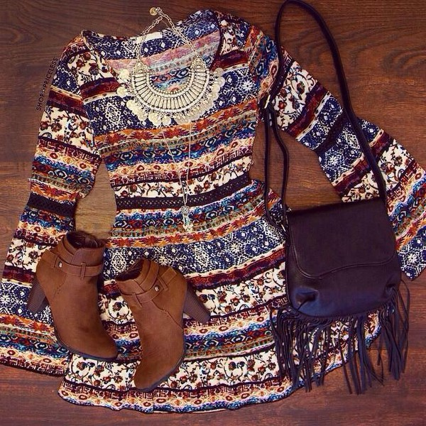 fall dress fashion style dress long sleeve dress patterned dress statement necklace boho dress bohemian dress t-shirt necklace boots boho shirt boho chic boho fall outfits fall outfits
