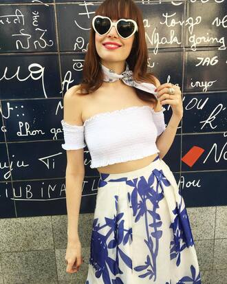 top french girl off the shoulder off the shoulder top white top white crop tops crop tops skirt floral floral skirt sunglasses heart sunglasses scarf