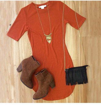dress outfit cute dress cute outfits necklace accessories orange dress bag purse crossbody bag boots booties fringes fringed bag rust fall colors