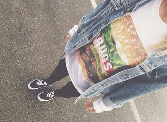 t-shirt top hamburger salad tomato meat cheese steack vest denim jacket bright jeggings leggings pants skinny pants vans of the wall vans of the wall mark famous young youth teen teens teenagers teenager woman women girl grunge indie alternative classy nice cheeseburger