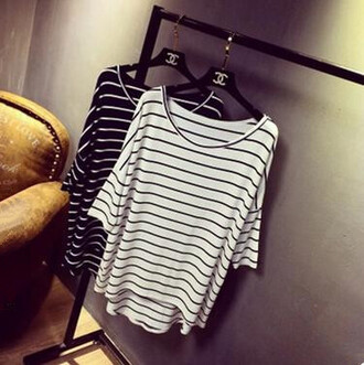 t-shirt white t-shirt stripes striped top striped t-shirt summer summer top top white top fashion streetwear streetstyle casual t-shirts casual