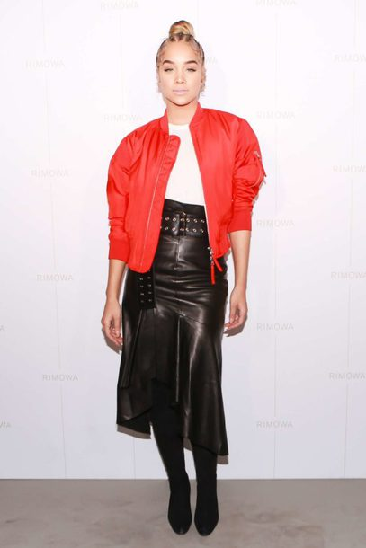 skirt leather leather skirt midi skirt jacket fall outfits top jasmine sanders model off-duty belt asymmetrical asymmetrical skirt