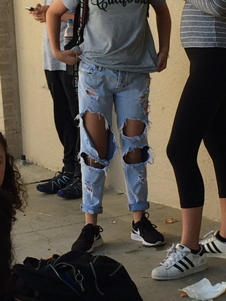 jeans pants ripped jeans boyfriend jeans cute clothes bottoms vintage grunge boho trendy girl denim light washed denim chic streetwear style