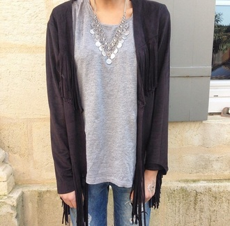 cardigan black cardigan fringes top grey grey top jewels jewelry necklace silver silver necklace boho chic boho hippie jeans boyfriend jeans