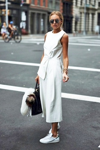 le fashion image blogger jumpsuit white jumpsuit mirrored sunglasses draped cropped