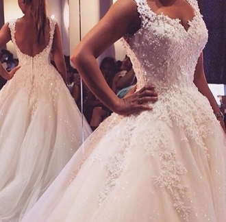 dress wedding dress bridal gown white white dress wedding wedding clothes gorgeous beautiful bride dress ball gown dress ball prom dress prom gown princess dress disney princess princess wedding dresses lace dress 2016 wedding dresses 2016 style scrapbook style princess amazing