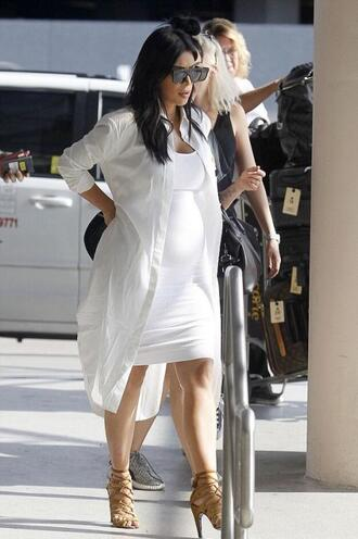dress sandals bodycon dress sunglasses shirt shirt dress kim kardashian all white everything summer outfits summer dress maternity dress
