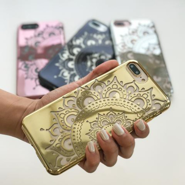 Milkyway Cases CHROME TPU CASE - HAYLEY MANDALA in gold