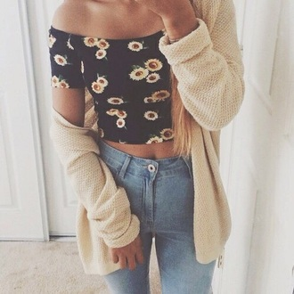 cardigan beige sweater sunflower sunflower print high waisted jeans jeans faded denim faded jeans crop tops