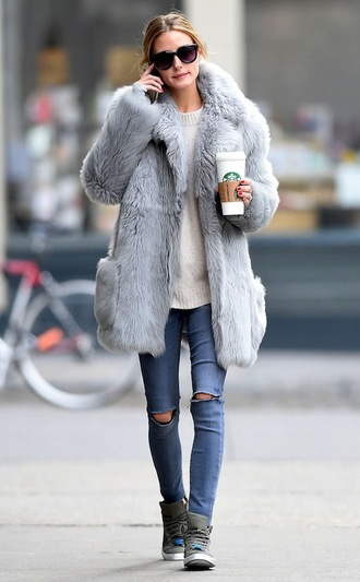 le fashion image blogger sunglasses fur coat ripped jeans white sweater grey sneakers
