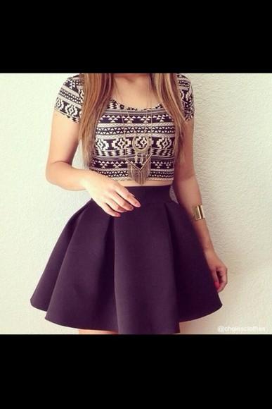 skirt black skirt jewels shirt aztec vintage black and white aztec black and white foley flowy t-shirt