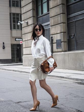 shirt brown bag tumblr white shirt bag skirt asymmetrical mini skirt pumps sunglasses shoes scarf