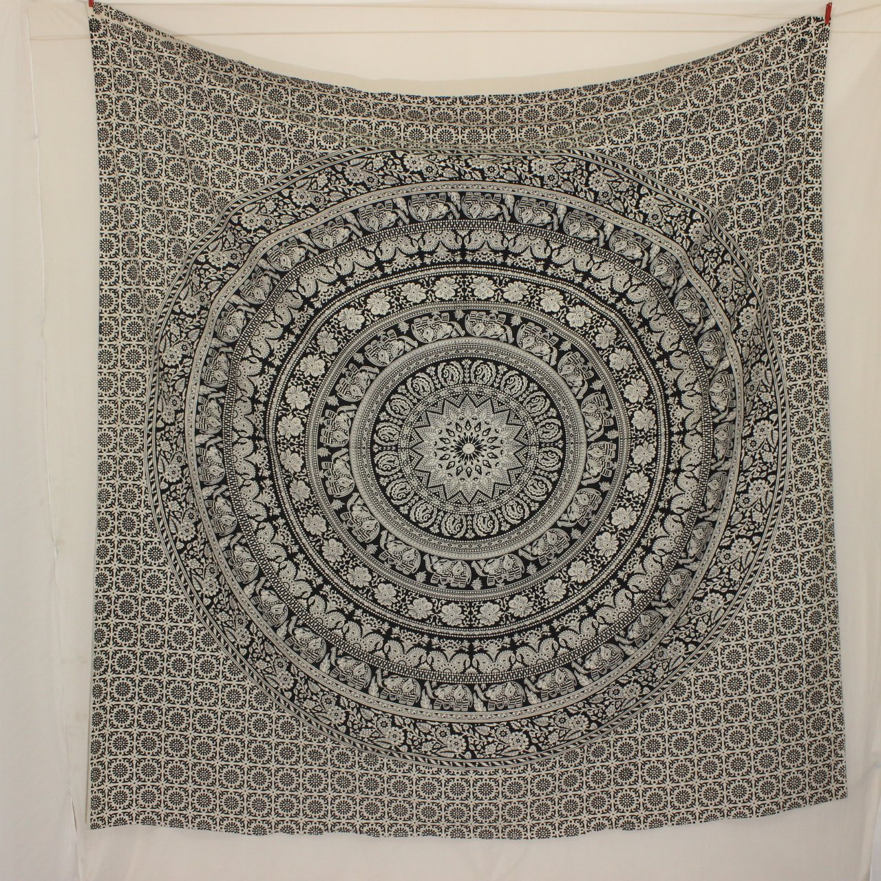 Black and white Tapestry wall hanging Elephant Wall Tapestries Cotton Tapestry fabric Mandala Tapestry bedding, floral bedspread, Wall decor