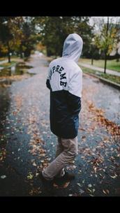 top,supreme,black and white,hoodie,black t-shirt,jacket,coat,white t-shirt,menswear,windbreaker