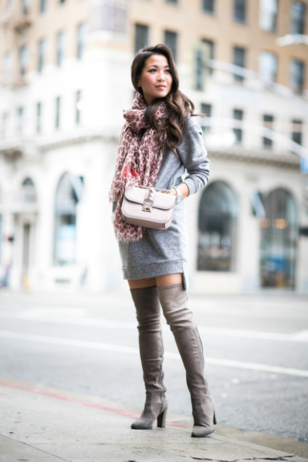 how to look stunning in nude floral scarf and boots
