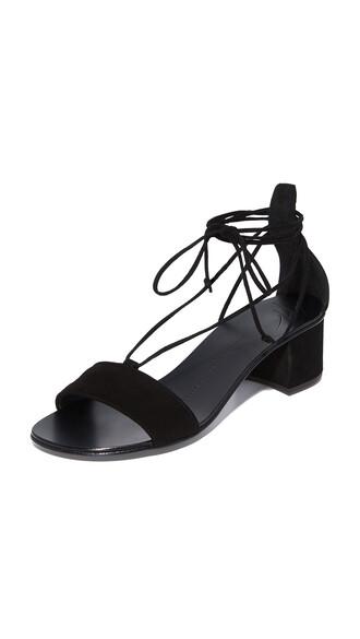 heel sandals shoes