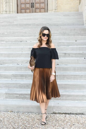 live more beautifully blogger top skirt shoes bag sunglasses jewels make-up