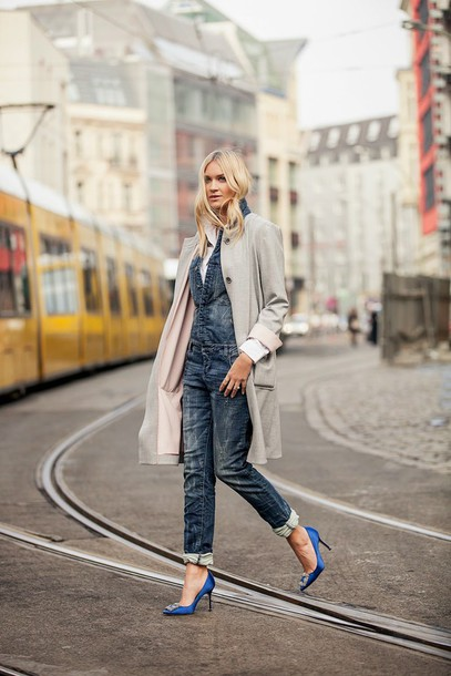 en vogue coop blogger coat denim overalls stilettos blue shoes blouse shoes