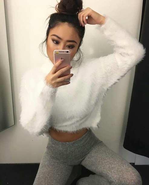 82daff3a70d top, w???e, f?zzy, crop tops, long sleeves, sweater, white, fuzzy ...