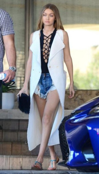 coat top shorts sandals summer outfits gigi hadid lace up