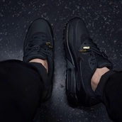 nike air,nike air max 90,triple black,black lace,gold tips,shoes,air max,black nike air max 1,black nike air max,sneakers,black shoes,all black everything,mens shoes