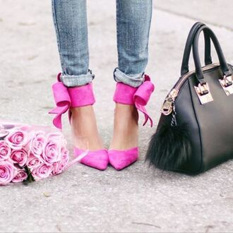 shoes heels high heels bow heels bow shoes bow high heels pink hot pink light pink pink heels pink bow heels fuchsia fuchsia heels hot pink heels ripped jeans ripped denim preppy ripped denim blogger blog