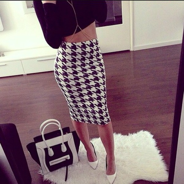 676493aeec9 NEW SEXY BLACK WHITE HOUNDS TOOTH DOG TOOTH MIDI PENCIL WIGGLE .