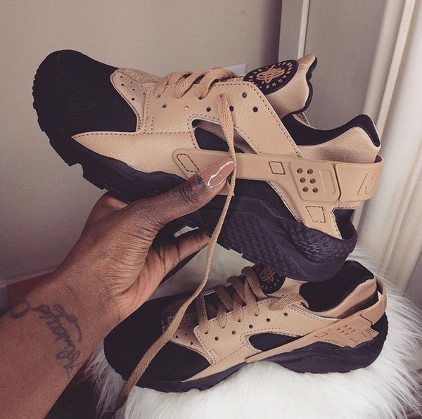 cheaper a5fca 0f533 shoes huarache this colour same styler brown black nike air huaraches nike  shoes nike sneakers black.