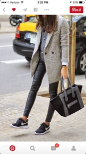 pants,leggings,coat,bag,wool,grey bag,black bag,look a like,celine bag,shoes,nike,nike roshe run,flats,sneakers,athletical shoes,minimalism designed,snap shot,grey coat,jeans,black,leather pants,black jeans,leather leggings,grey,street,streetstyle,new york city,classy,french,nike shoes,running,nike flyknit,roshe runs,black leather pants