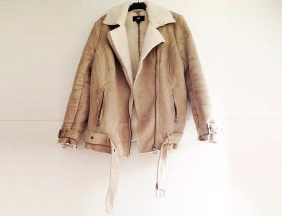 caramel winter outfits jacket leather jacket yellow shearling jacket sherpa shearling coat sheep sheepskin suede