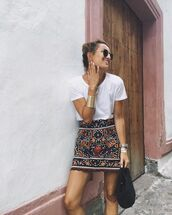 shorts,skirt,zara,zara skirt,white t-shirt,t-shirt,embroidered skirt,golden bangle,black embroidery skirt,sunglasses,gold bracelet