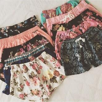 shorts flowers boho black pink