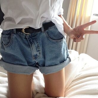 shorts jeans cut off shorts high waisted shorts high waisted denim shorts denim baggy shorts demin loose blue hipster vintage grunge soft grunge apparel belt jealous baggy boyish boyfriend shorts boyfriend jeans authentic denim shorts