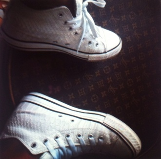 shoes white white sneakers converse textured croc skin snake skin trainers womens shoes cream shoes blouse