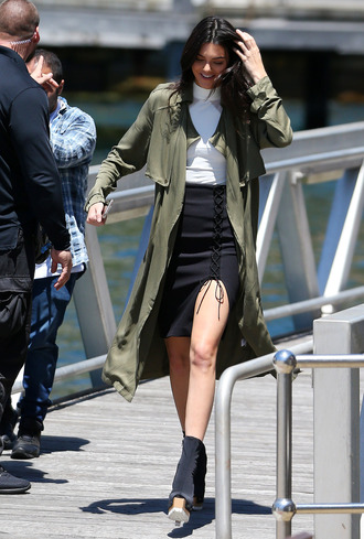 coat olive green kendall jenner fall outfits trench coat lace up skirt green long coat