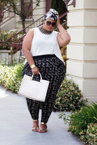 garner style blogger curvy flat sandals