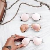 sunglasses,so sixty sunglasses,rose gold sunglasses,pink,pink sunglasses,white,white and rose gold,celebrity sunglasses,round sunglasses,aviator sunglasses,sunnies,kylie jenner sunglasses,rose gold,rose,round shades,instagram baddie,instagram famous