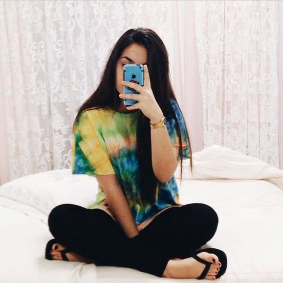 tie dye t-shirt top adorable comfy yellow orange girl model pinterest basic exact comfy outfits korean fashion tumblr fashion trend