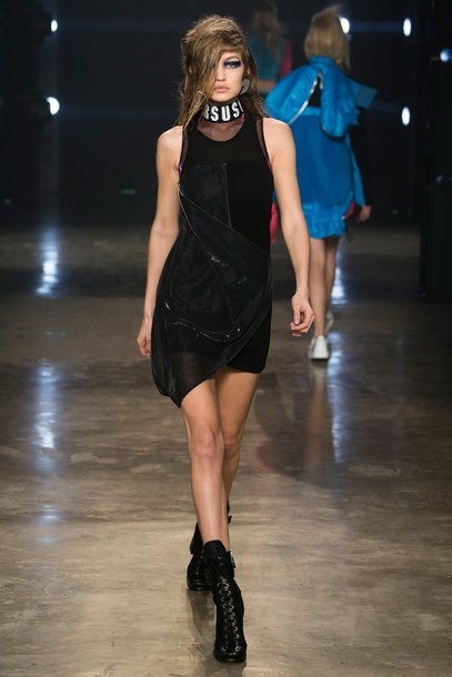 Dress Mini Dress Gigi Hadid Model Versace Little Black Dress