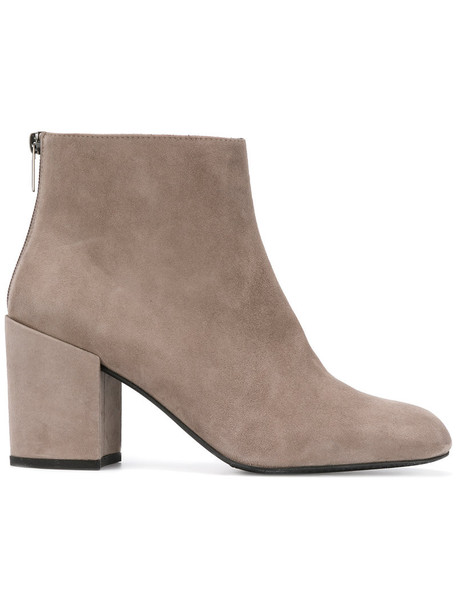 STUART WEITZMAN women leather nude suede shoes