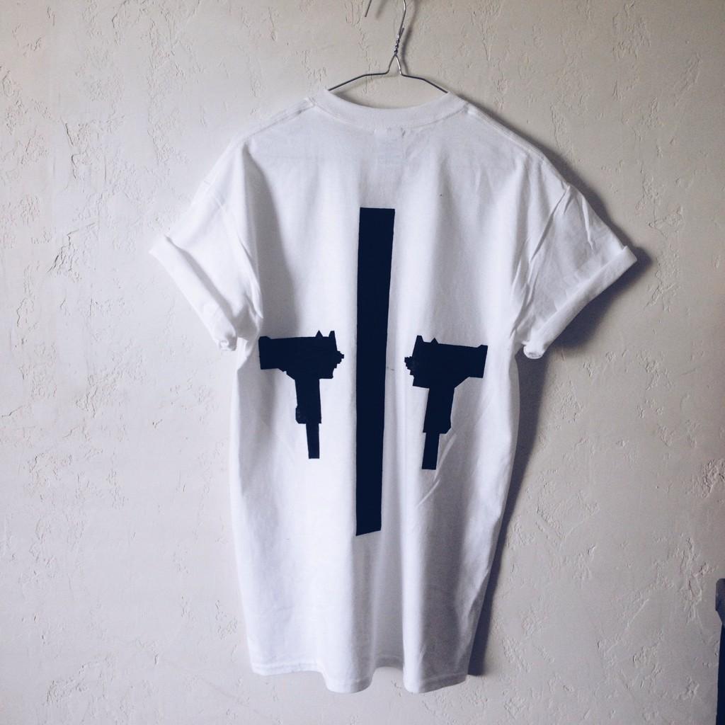 Vice habit criminal tee in white
