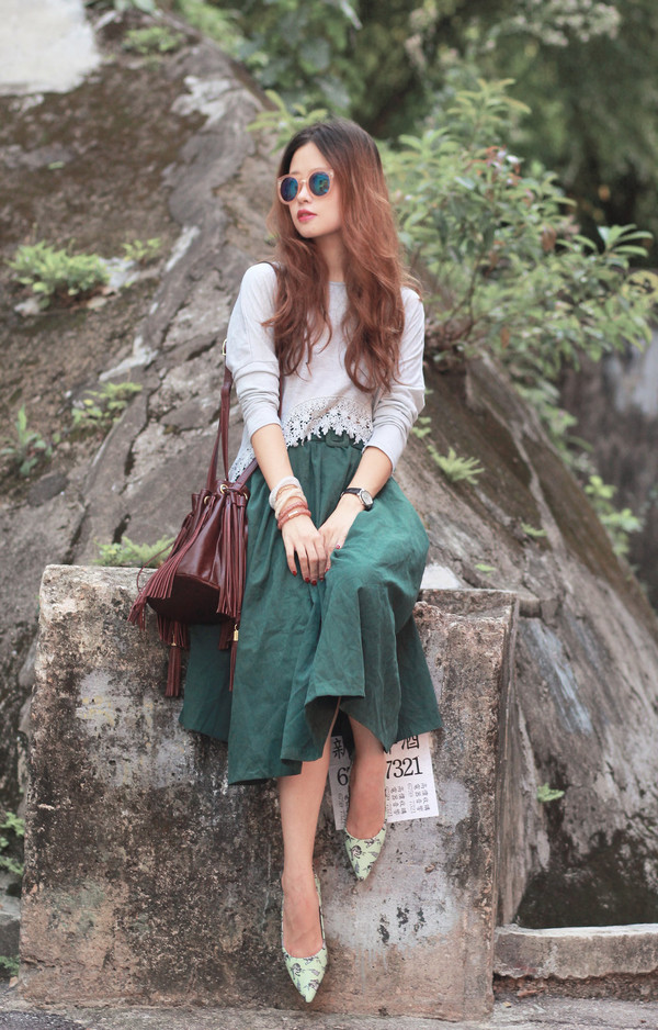 mellow mayo blogger sunglasses top bag jewels jacket socks forest green skirt